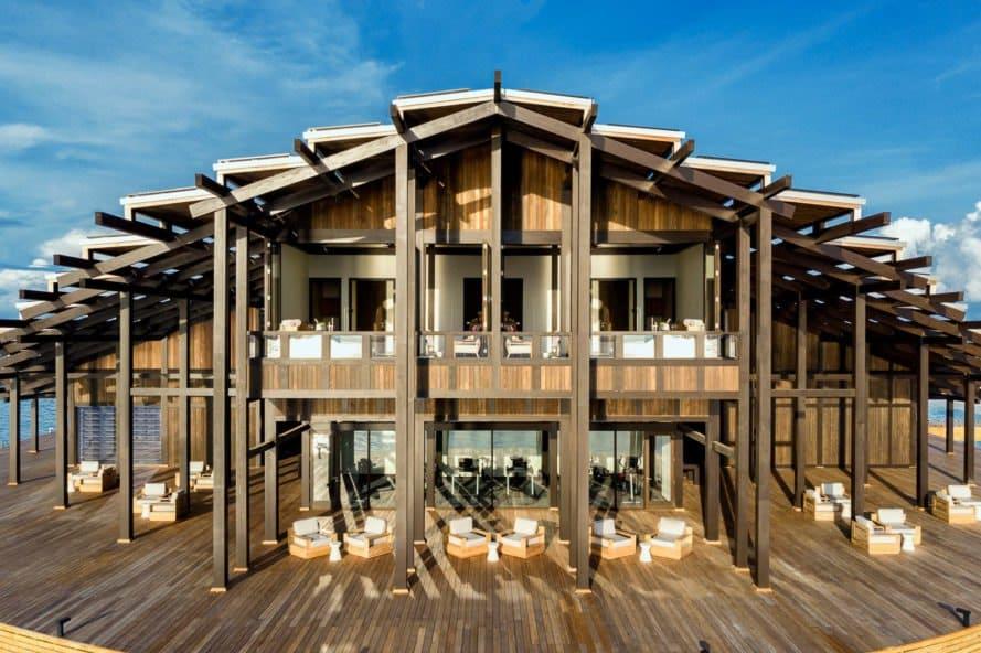 Resort privado flotante en las Maldivas es 100% propulsado por el sol