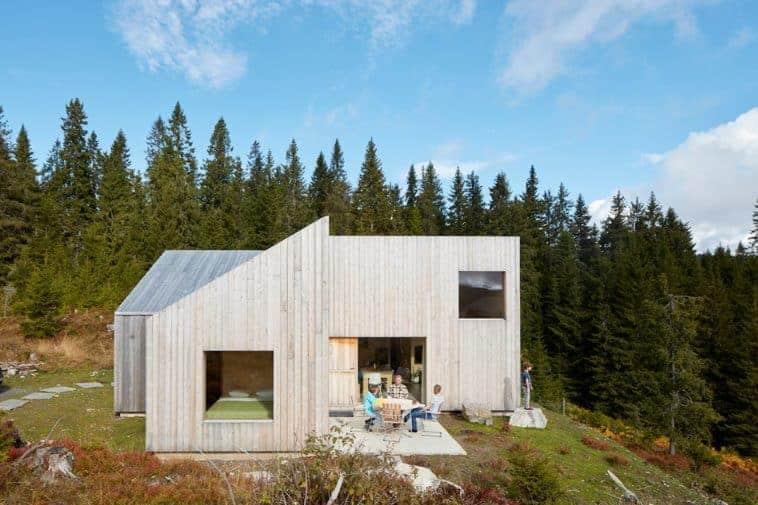 Sanar con naturaleza: En Noruega los Hospitales construyen cabañas en el bosque para sus pacientes