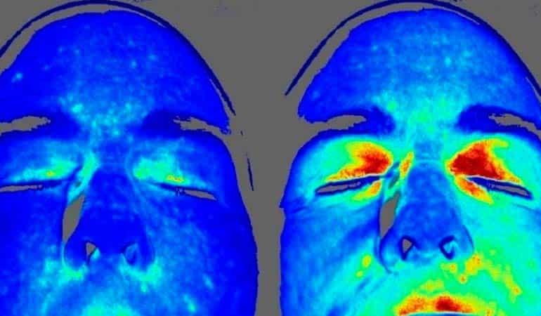 Estudios demuestran lo que sucede en el cuerpo al caminar descalzos