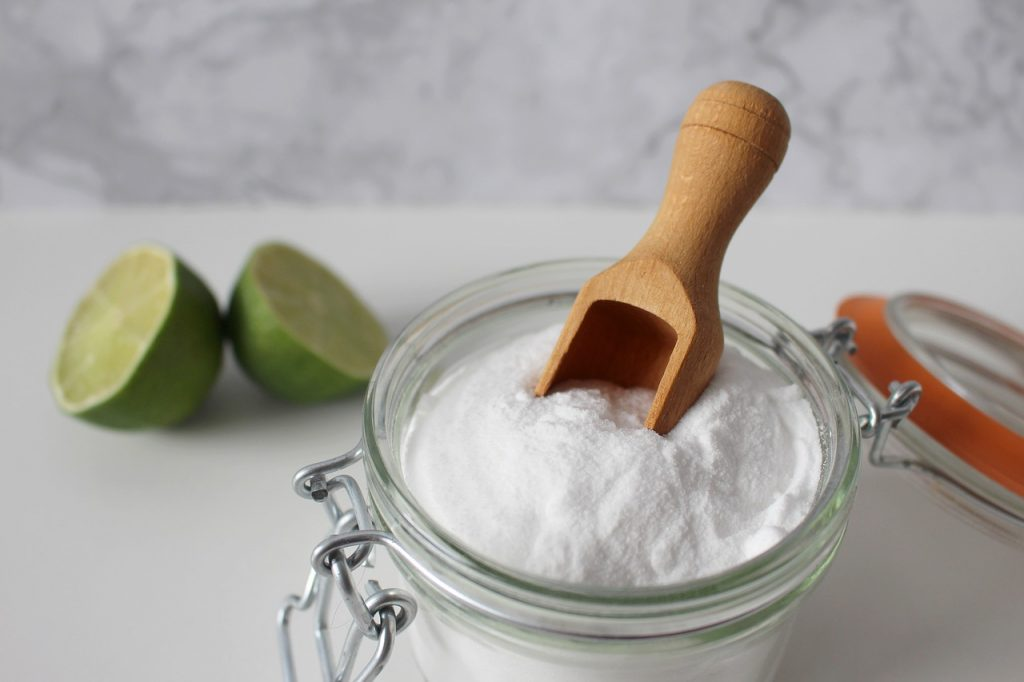 , Lavar los alimentos con bicarbonato de sodio elimina los pesticidas hasta en un 96%.