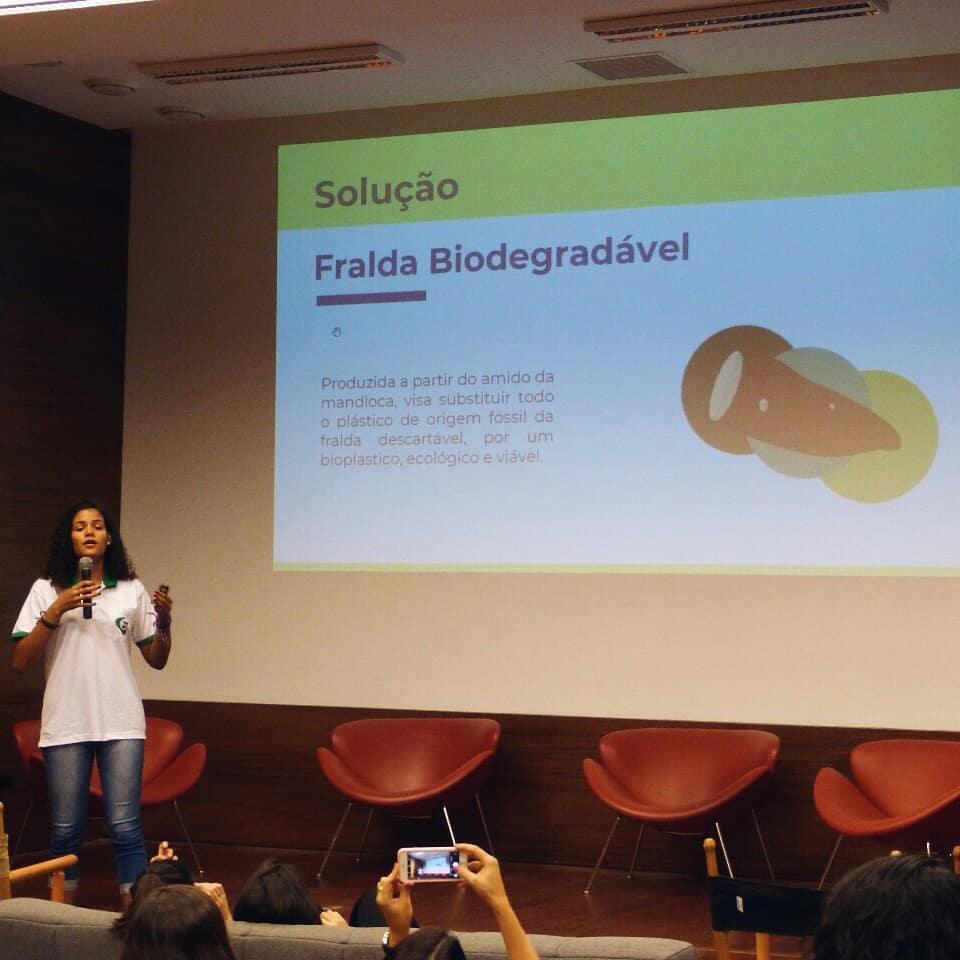 , Estudiantes Brasileños crean pañales biodegradables hechos a base de Yuca