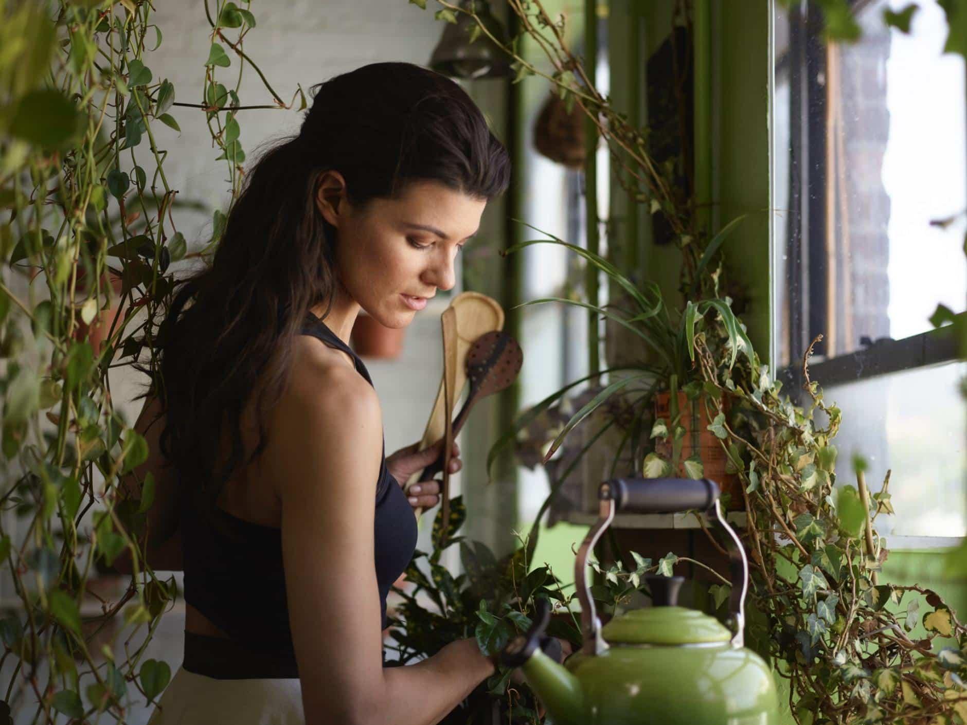 La mujer que cultiva 150 especies de plantas en su apartamento