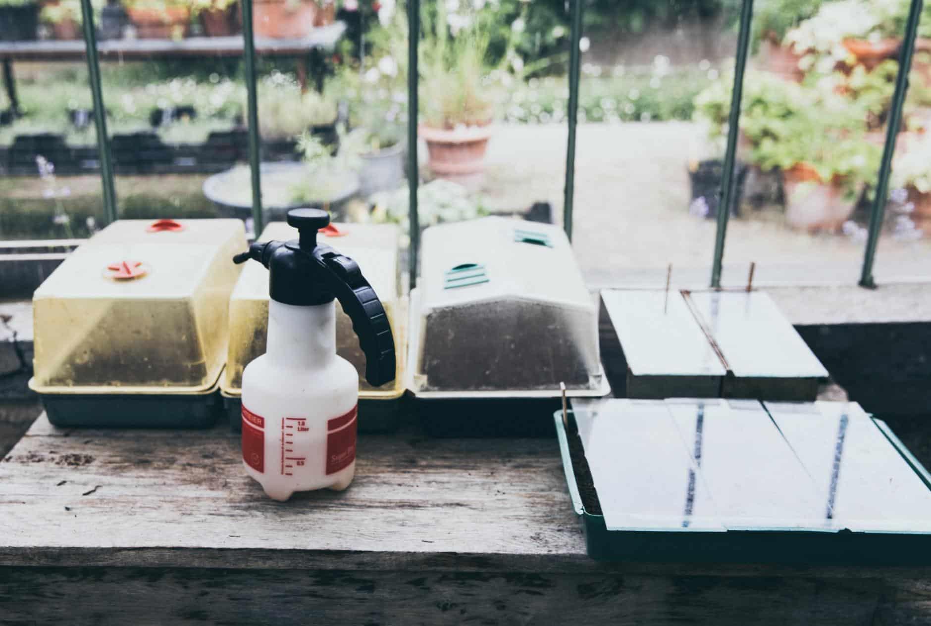 Insecticida ecológico contra pulgónes, cochinillas, mosca blanca y otros