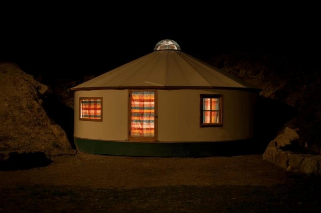 , Plurt, la Yurta que puedes construir tu mismo en solo 8 días