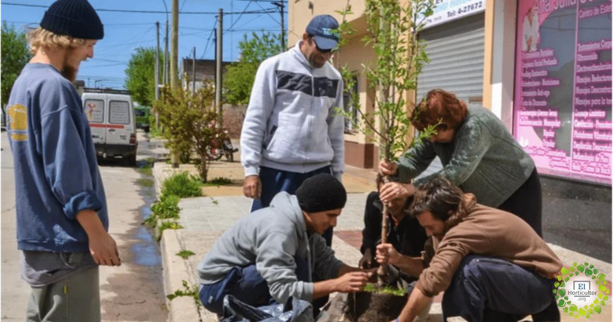 , Necochea llenará su ciudad de frutas orgánicas y gratuitas para todas las personas