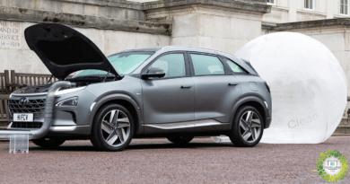 , El automóvil NEXO de Hyundai limpia el aire a medida que avanza