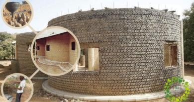 , Construcción de casas hechas con botellas de plástico rellenas de tierra